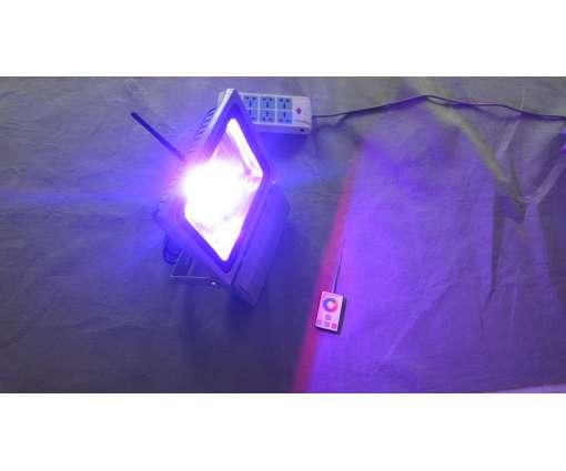70 Watt LED Baustrahler mit RGB / LED Fluter mit R